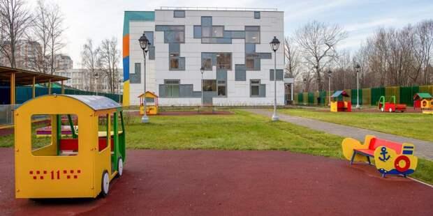 На Смольной запланировано строительство школы с дошкольным отделением