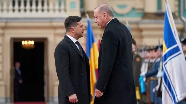Владимир Зеленский выразил признательность Турции за отказ признавать Крым российским