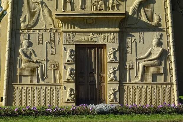 Египетские ворота в Царском Селе: история, сюжеты, значение (4)