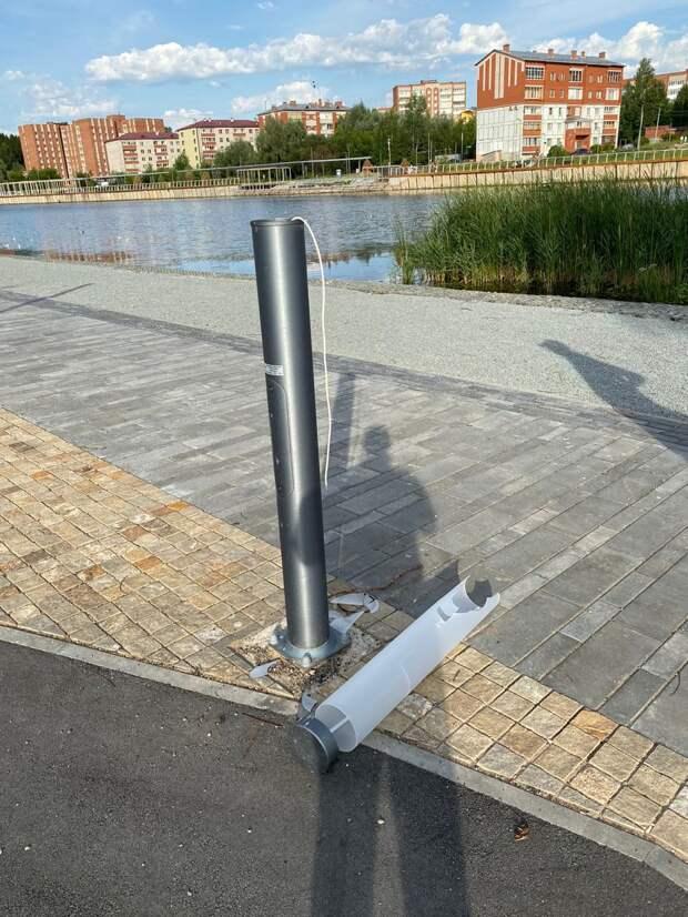Недостроенный парк в Воткинске подвергся нападениям вандалов