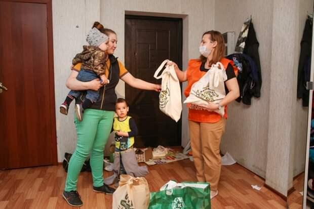 Корзина доброты: 17,1 тонн продуктов будет передана пенсионерам и семьям Петербурга и Ленобласти