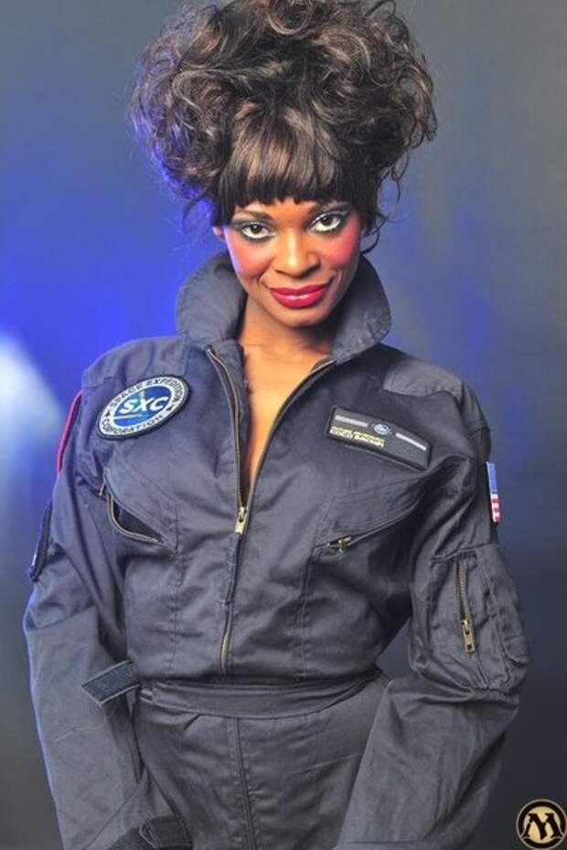 Актрисы фильмов для взрослых резко изменившие свою карьеру. Врач, политик и космонавт.
