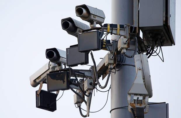 Злоумышленников, испортивших кикшеринговые самокаты солидолом, нашли с помощью системы распознавания лиц