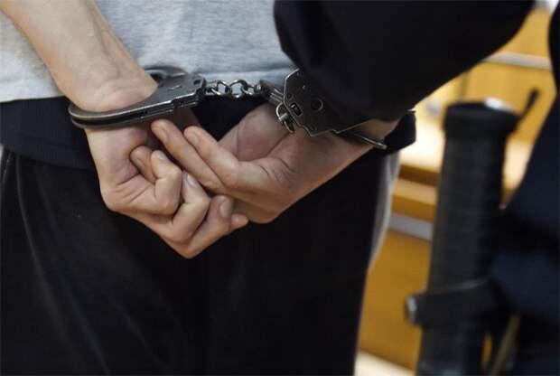 В Приамурье задержали подростка, угрожавшего напасть на школу