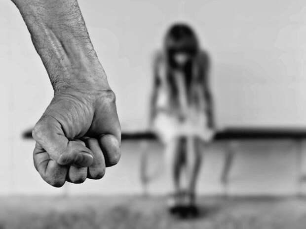 Маньяка «Чикатило», убившего и изнасиловавшего 12-летнюю девочку под Нижним Новгородом, отправили в камеру