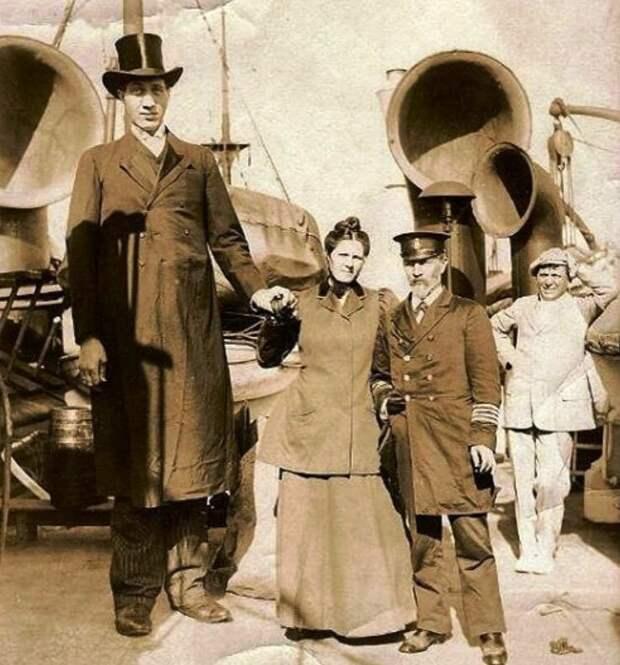 Самый высокий человек на земле жил в Российской империи. История русского великана Федора Андреевича Махнова