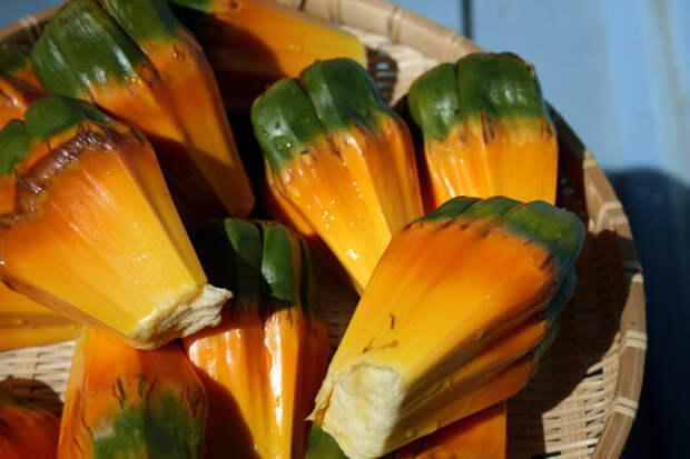 Кусочки фрукта пандануса