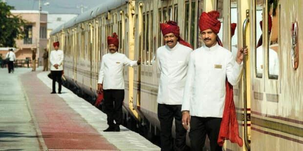 7 потрясающих поездов, которые больше напоминают роскошные гостиницы на колёсах