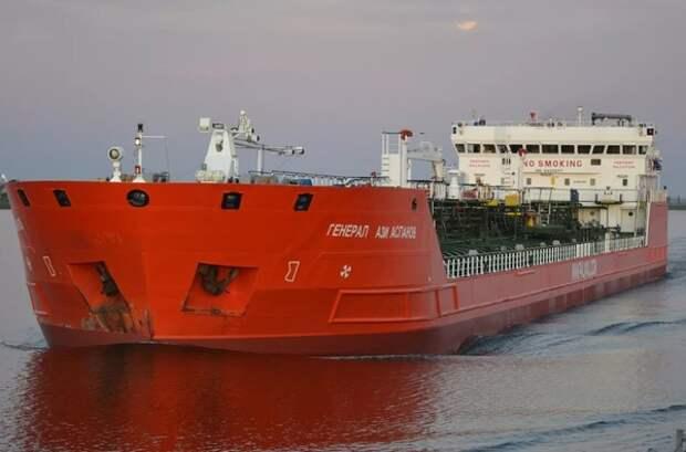 В Азовском море на российском танкере прогремел взрыв