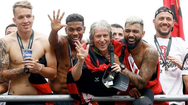 Новое революционное правило в Бразилии: футбольные клубы не смогут увольнять тренеров чаще одного раза за сезон