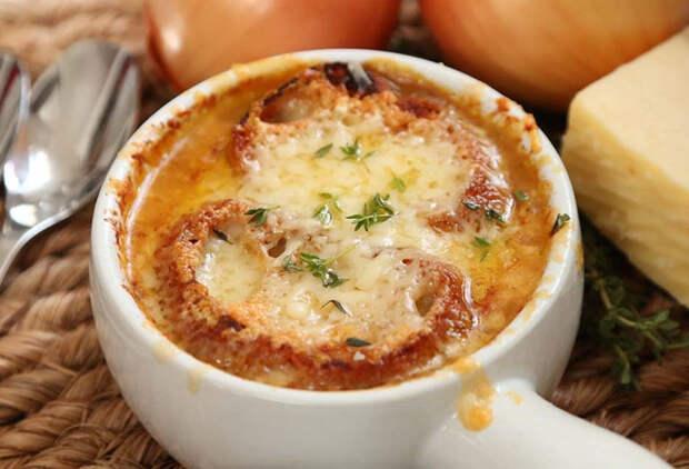 Луковый суп: 5 самых вкусных рецептов мира