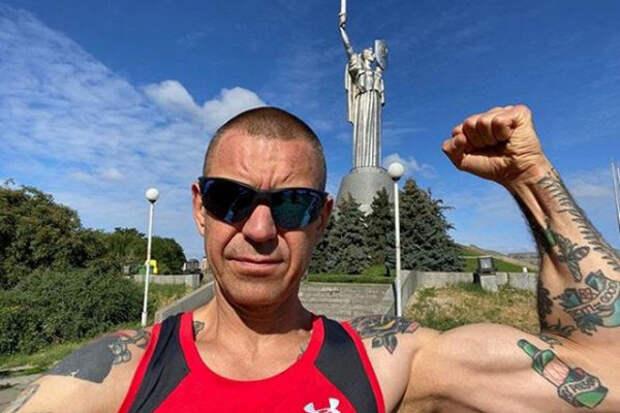 Поклонники удивлены молчанием Сергея Михалка опротестах вБелоруссии