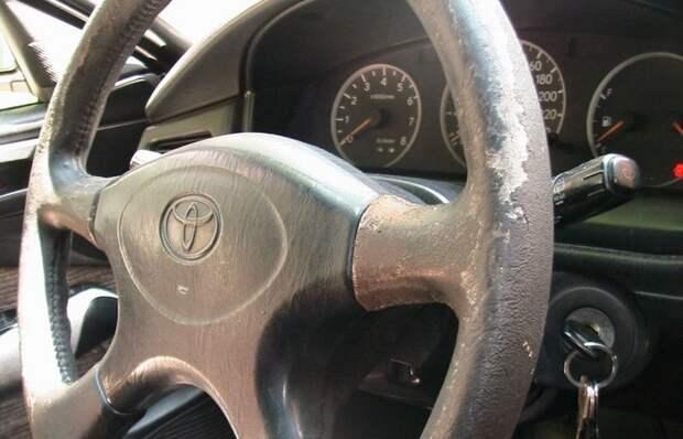 Если рулевое колесо автомобиля затерлось: как восстановить быстро, легко и без лишних затрат