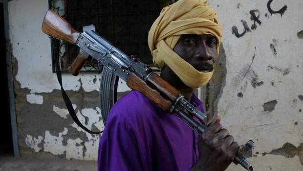 Командир армии ЦАР рассказал о зверствах накачанных наркотиками боевиков в Бамбари