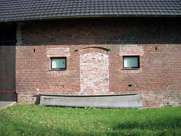 У стен есть улыбки: галерея веселых домов