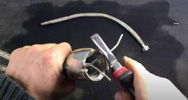 Не выбрасывайте старый водопроводный шланг! Сделайте из него очень полезную самоделку