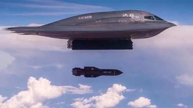 """В США вспомнили """"крутой"""" самолет, бомбивший Югославию вместо СССР"""