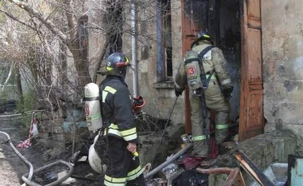 Субботний пожар в Севастополе: спасено 13 человек