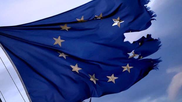 ВЕвропарламенте заявили обоскорблении Франции из-за сделки AUKUS
