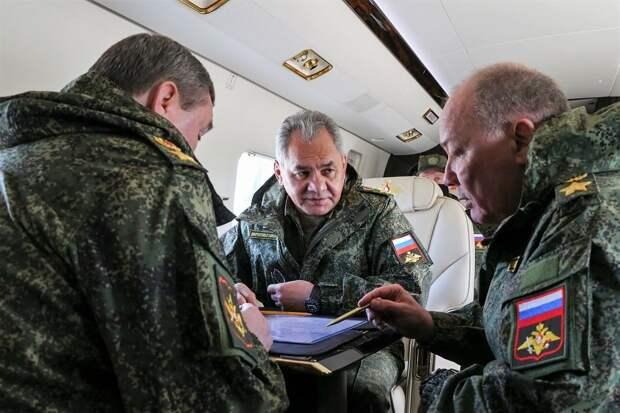 Шойгу позитивно оценил российские учения в Крыму