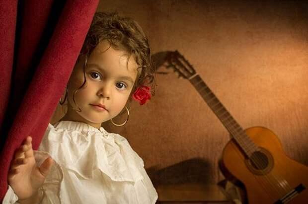 Фотографии девочки в стиле живописи XVIII века