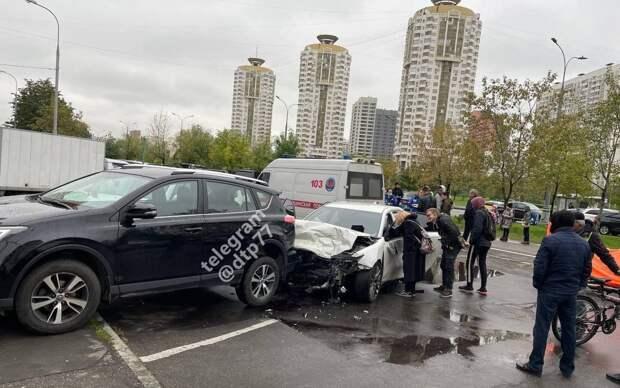 Из-за аварии на улице Перерва перекрыто движение в сторону Братиславской