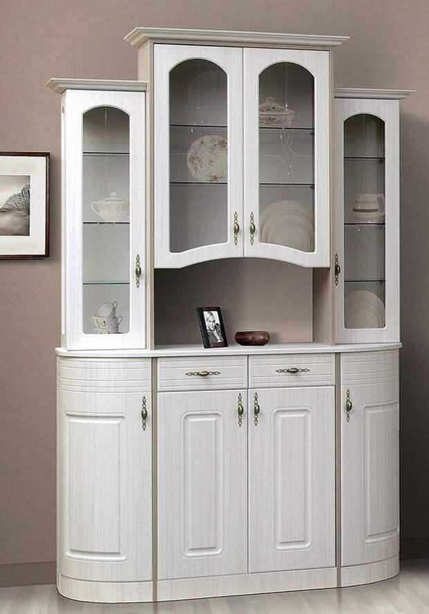 Белый шкаф-сервант фото