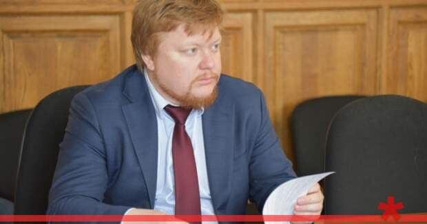 Пиарщики Овсянникова отменяют рабочие поездки депутатов
