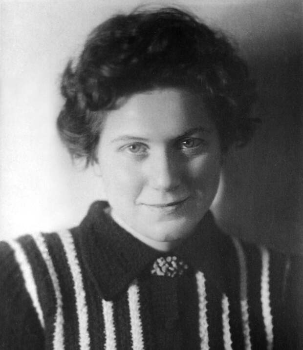 Бегство Светланы Аллилуевой из СССР послужило поводом для отставки Семичастного