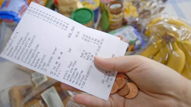 Почему лучше забирать чеки из магазина?