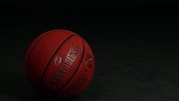 Пермские баскетболисты почтили память лидера фан-клуба
