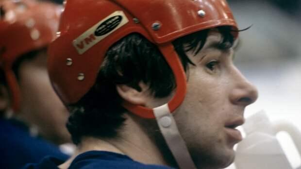 Скандальная драка советского хоккеиста Харламова. Он ударил товарища кулаком в лицо и получил дисквалификацию