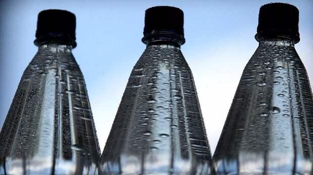 Кардиолог рассказала, сколько жидкости нужно пить в жару