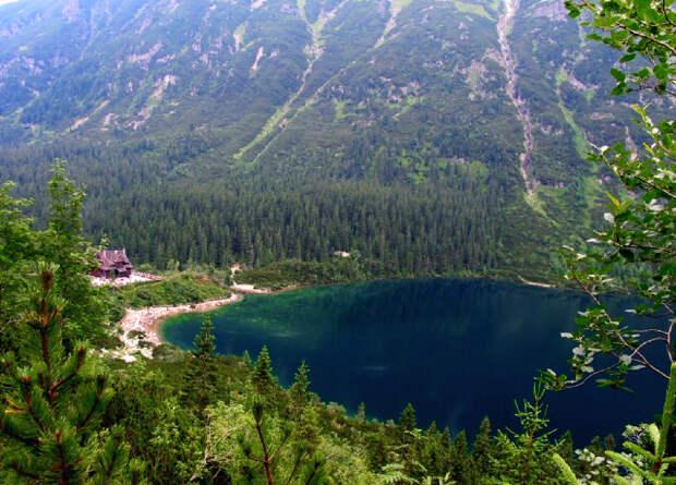 Люди испортили треть всех озер Земли