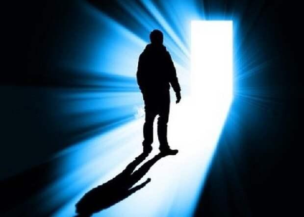Физик о загробной жизни: «Смерть для меня сейчас не страшна. Я знаю, что это дверь в другой мир»