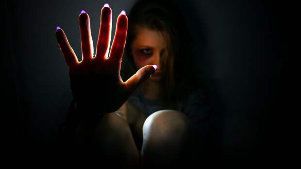 Жительницу Петербурга насильно лишили девственности после алкогольной вечеринки
