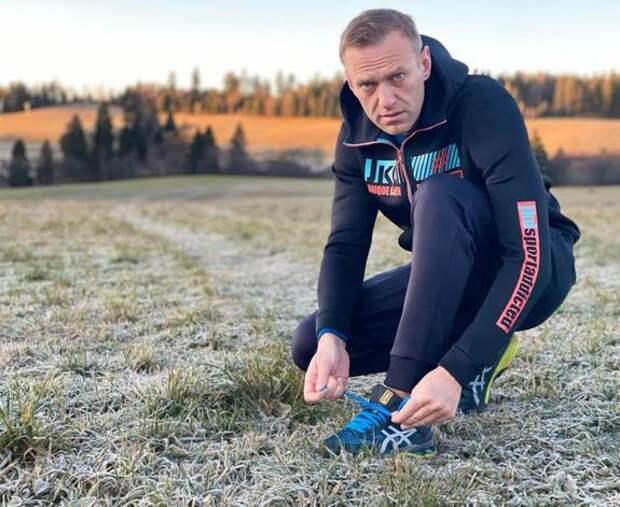"""Навальный уже купил билет на рейс """"Победы"""""""