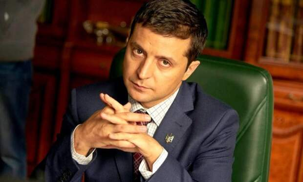 Зеленский запретил украинцам посещать Крым
