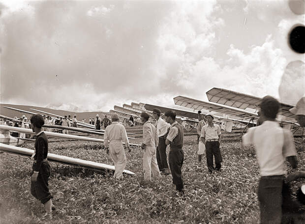 Kirigamine Gliders, 1930s