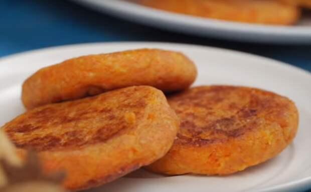 Сырники с морковью: вкусное блюдо к завтраку