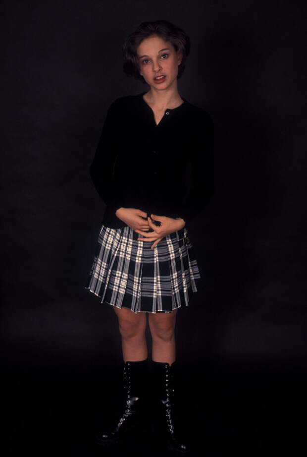 Натали Портман (Natalie Portman) в фотосессии Кена Вайнгарта (Ken Weingart) (1994), фото 7