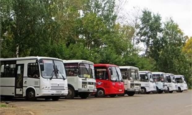 Пять автобусных маршрутов в Кирове продлили до садов