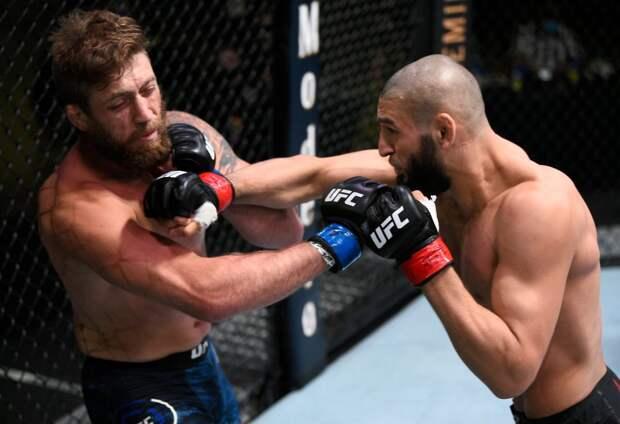 Нокаут за 17 секунд. Чеченский боец UFC Чимаев победил на турнире в Вегасе первым ударом