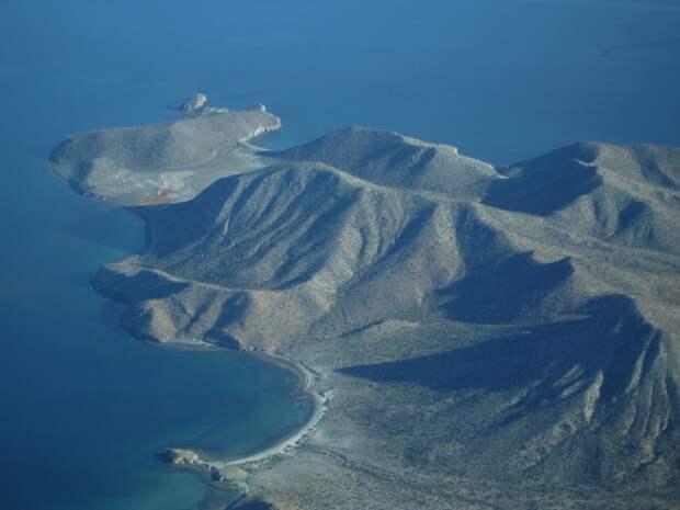 Таинственные исчезновения на острове каннибалов