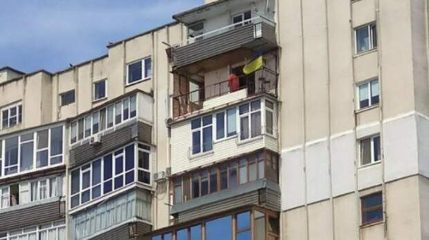 Звуки ремонта квартиры помешали матчу теннисисток