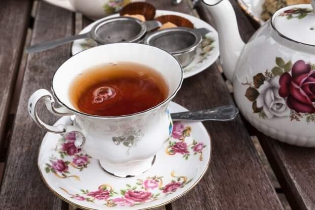 Как по приметам заваривать и пить чай, чтобы в доме завелись деньги
