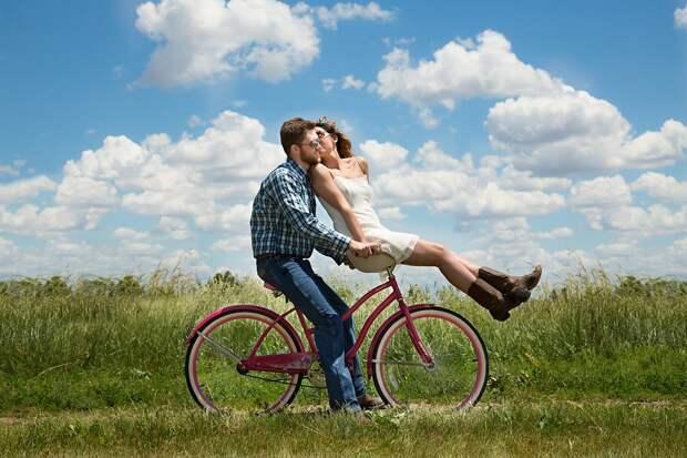 Пара, Романтика, Велосипед, Луг, Поле, Счастливый