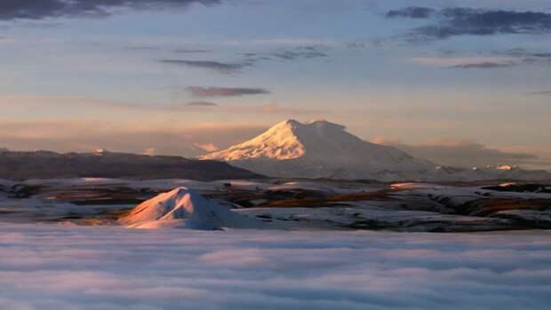 Еще трех пострадавших на Эльбрусе альпинистов выписали из больницы