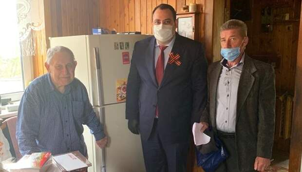 Ветеранам Подольска в День Победы вручили подарки от губернатора и главы округа