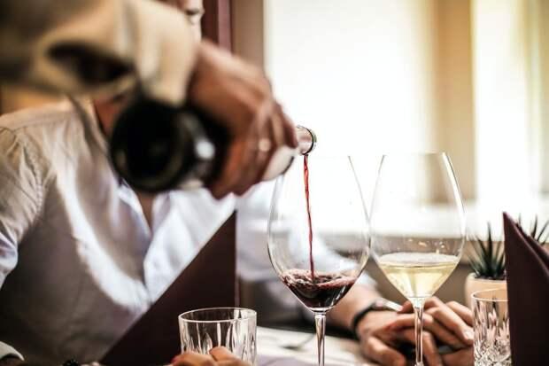 Роскачество назвало 12 самых качественных импортных вин наприлавках